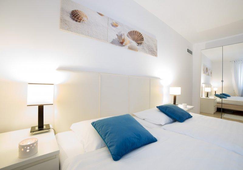 Sypialnia, domek nad morzem